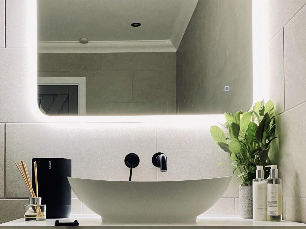 Top 5 In Ceiling Speakers For Your Bathroom Smart Home Sounds Smart Home Sounds