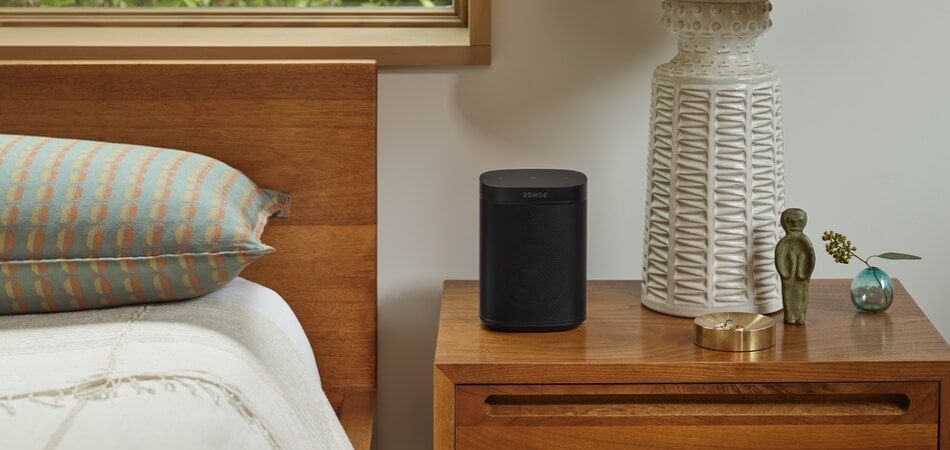 sonos-one-sl-black-lifestyle